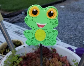 Mylar Frog Garden Stake 4x4 and 5x7