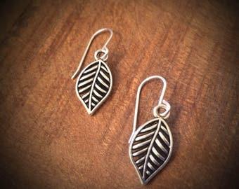 Leaf dangle / drop earrings