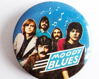 """Vintage 1970s 'Moody Blues' 2.5"""" Pin Back Button Badge"""