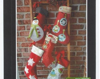 All My Bags - Falling Snow Stockings Pattern