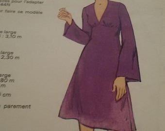 Pagoda-sleeved dress vintage size 40/french vintage dress