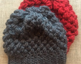 Puff stitch crochet beanie | crochet winter hat