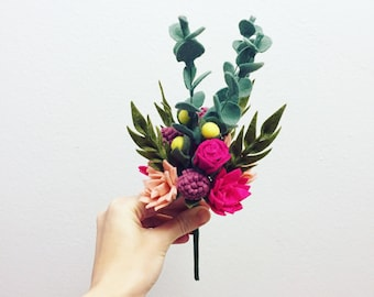 Felt flower bouquet // faux flowers // floral arrangement // wedding flowers // wedding bouquet // fake flowers