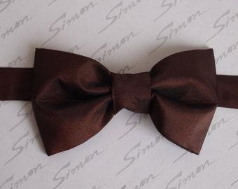 Handmade, Dark Brown  taffeta fabric pre-tied bow tie for men,Bow ties for men,Taffeta bow tie,Wedding Bow Ties Men's Ties