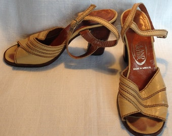 Vintage 1970's Roland Cartier BeigeLeather Block Heel Open Toe Sandals UK