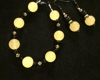 Plus size bracelet, yellow and black gemstones