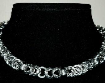 Boxchain/Byzantine Necklace