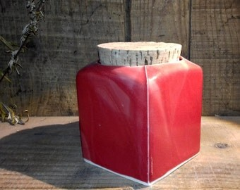 Pot cube red porcelain with Cork stopper