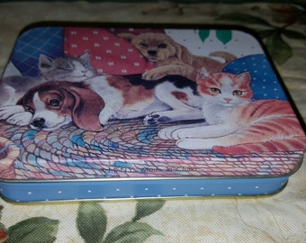 Vintage 1970's/80's JS Of NY Puppies & Kittens Double Deck Playing Cards Tin/Can/Container Collectible Decorative Piece Made in China