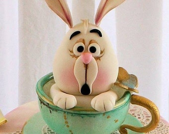 Fondant Alice in Wonderland - White Rabbit in a Teacup with Gold Pocket Watch