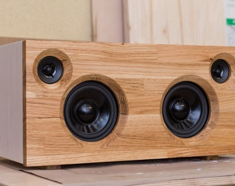 Handmade wooden bluetooth boombox - solid oak