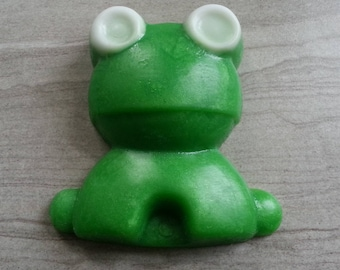 Frog Soap, Kermit Theme Gift, Frog Theme, Frog Prince Party Gift, Amphibian Theme, Hopper, Bullfrog Gift for Kids, Green Glycerin Soap, 4 oz