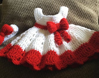 Newborn girl dress set with bow
