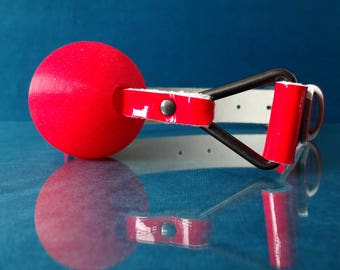 Glitter Gag - Red Patent Leather Ball Gag with Red Silicone Glitter Ball - PinkPonyClubnl - Bdsm Adult Kinky Petplay