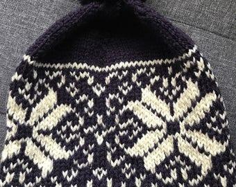Pure wool purple and cream fairisle pattern hand knit beanie