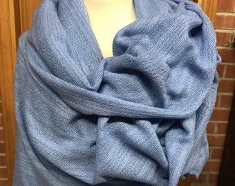 100% cashmere shawl (handwoven)