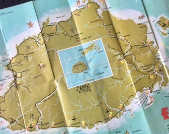 Vintage Frame-able Retro Map of Fiji 1970s Island Artwork Tiki Map