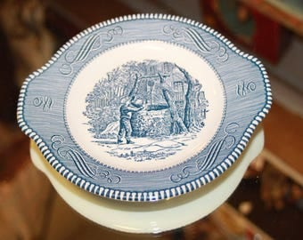 Currier and Ives Gravy Boat Set