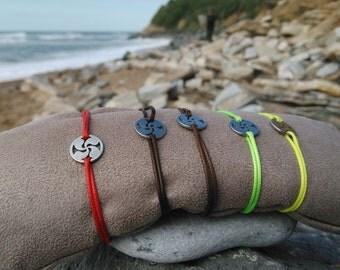 Bracelet round Basque cross lauburu symbol hypoallergenic titanium adjustable 24 titanium color resist waterproof water