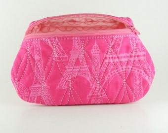 Embroidered lined zipper bag