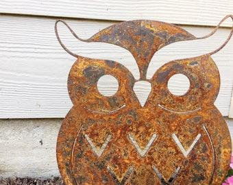 Garden Decor - Rusty Metal Owl - Garden Art - Yard Decor - Metal Animal
