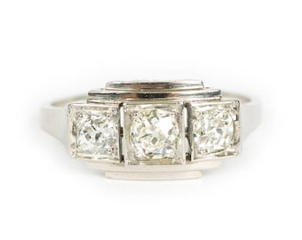 French Art Deco Platinum 3 diamond ring. Circa 1930's.