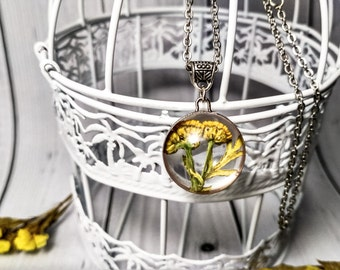 Glass jewelry Flower pendant Flower necklace Real flower Botanical jewelry Elegant yellow jewelry Blossom glass Pretty necklace Dry flower