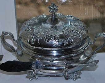Butter/Cheese Dish Forbes Silver Co. Domed Quadruple Silverplate/Holloware, Grapevine Pattern 241 Monogrammed