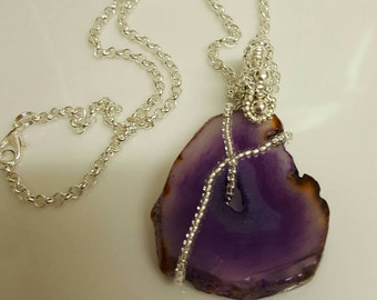 Bold & Beautiful Agate gemstone Necklace looks Stunning