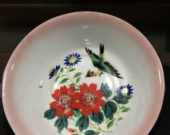 Vintage Enamelware Bowl With Bird  And Flowers. Fruit Bowl/ Vintage decor.