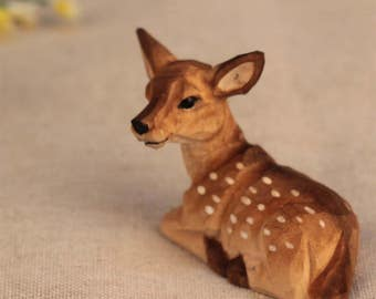 little wood sika deer carved crafts miniatures lovely cute Statue Figurine
