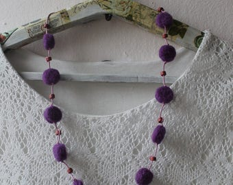 woolen necklace