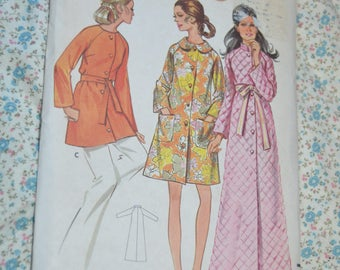 Butterick 5556 Misses Robe Sewing Pattern UNCUT - Size 12 Bust 34