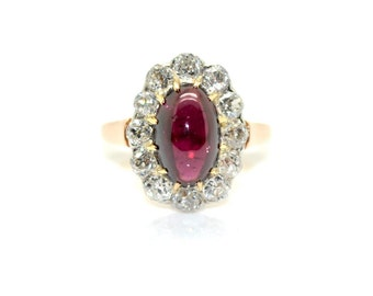 Diamond Garnet cabochon ring