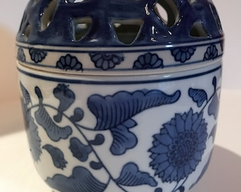 Vintage Blue and white Chinese Flower Frog