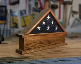 3x 5 Flag Case Pedestal
