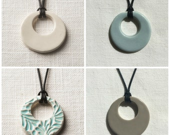 Essential Oil Necklace/Ceramic/Comes with 100% Pure Lavender Oil/Ceramic Jewelry/Circle Pendant/Free Gift Wrap