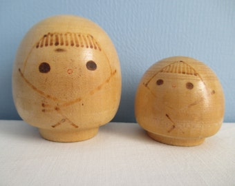 "Two Sweet Japanese Kokeshi Dolls ~~ FREE SHIPPING! ~  unique ""burnt"" pyrography detailing"