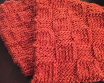 Woven Pattern Knitted Infinity Scarf