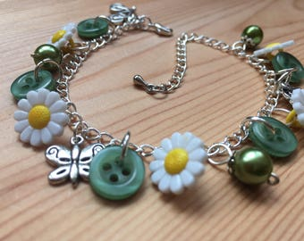 Daisy Button Bracelet