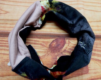 Reversible infinity scarf 6-36 month - old pink and black flowers - recycled