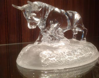 Clear Crystal Bull Statue / Paperweight on Frosted Base