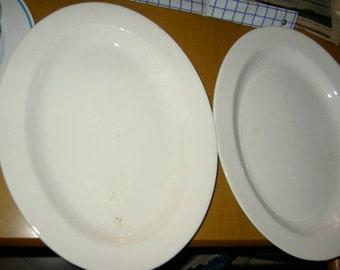 2 oval platters platters