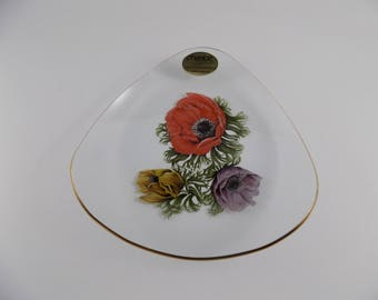 Vintage Chance England Anemones Flower Pattern Glass Plate 1960's -MINT