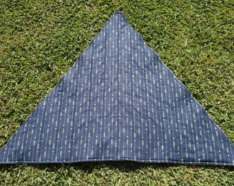 Navy and Gold Arrow Triangle Meditation Rug/Mat