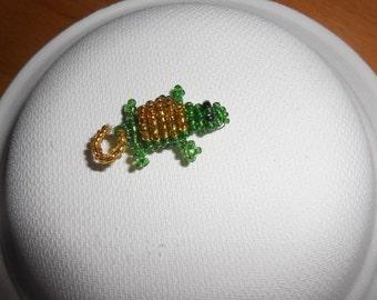 Seed beads turtle keychain