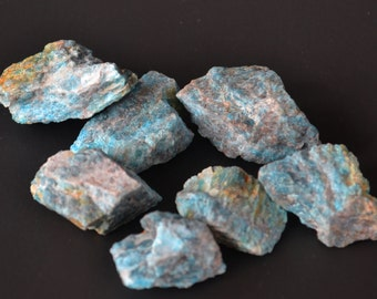 Blue Apatite/Raw/Healing Stone/Crystal/Reiki/Shamanic