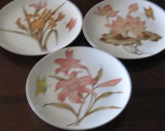 Set of 3 Vin. Decorative Small Flower Plates