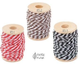 Baker yarn of Baker's Twine red brown black 15 m (RD)