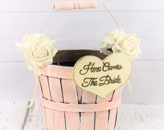 Boho Wedding - Flower Girl Baskets - Elegant Barn Wedding - Here Comes The Bride - Barn Wedding Ideas - Rustic Wedding - Blush Pink Wedding